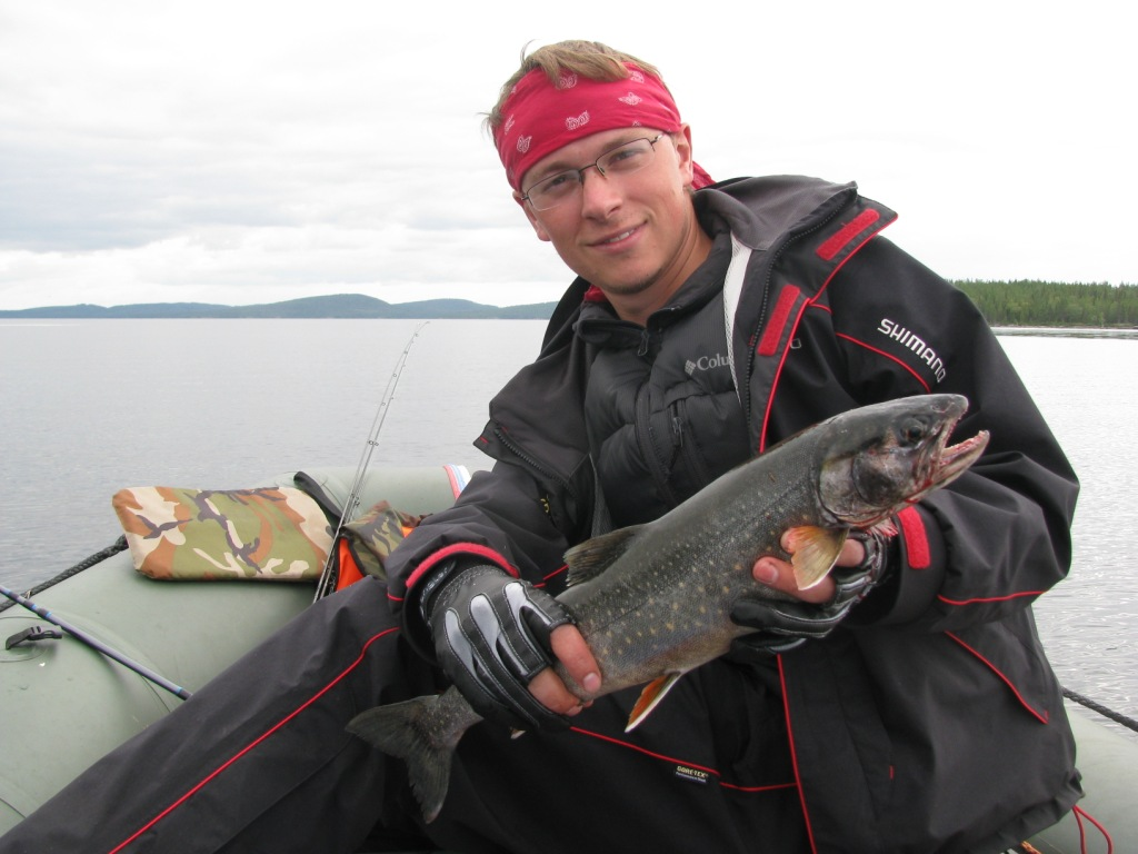 Удобные демисезонные костюмы для рыбалки в прохладное время года