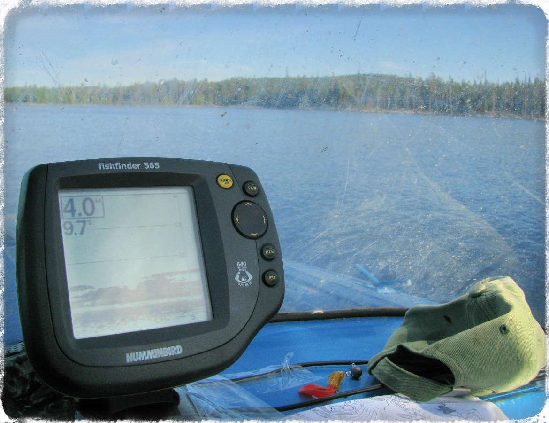 выбираем эхолоты для рыбалки с лодки