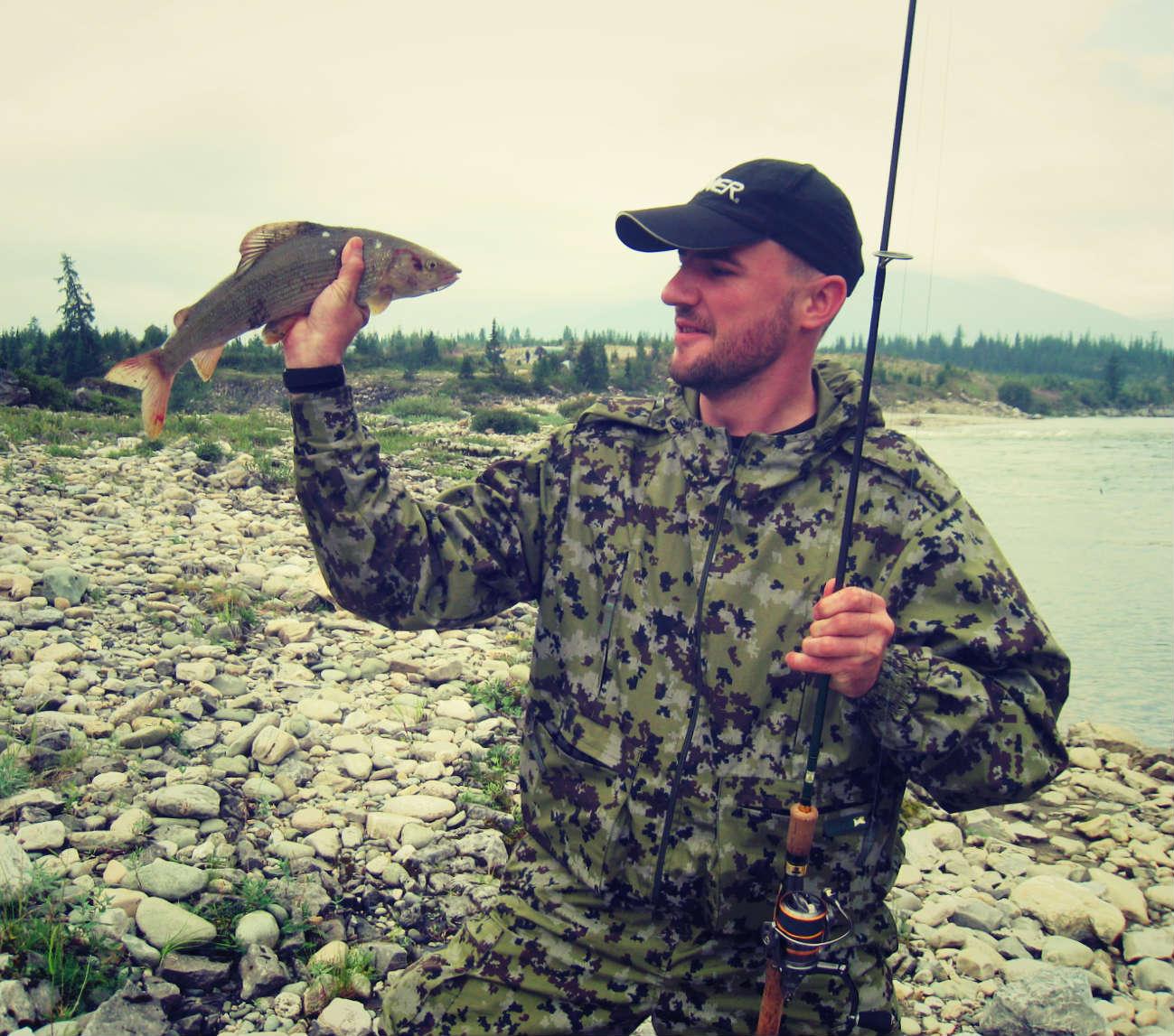 Для различных видов спиннинговой ловли имеет смысл купить штекерный спиннинг, который является универсальным инструментом рыболова.