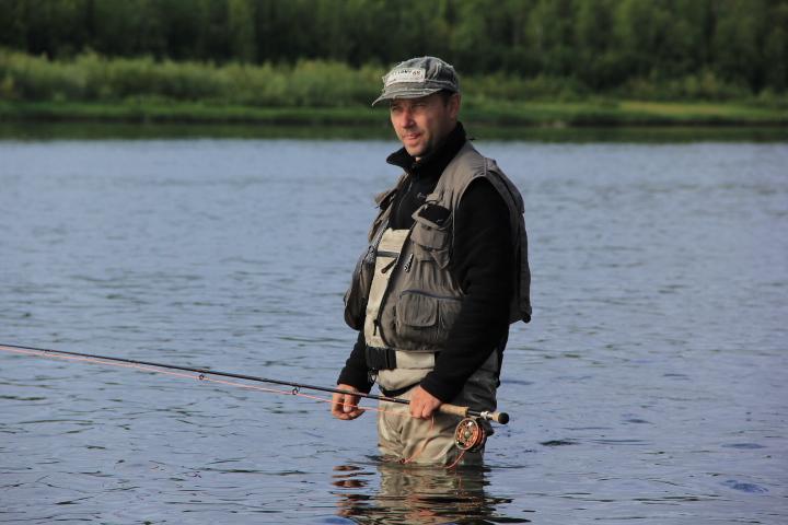 Полезный предмет гардероба для рыбаков ― это жилет для рыбалки