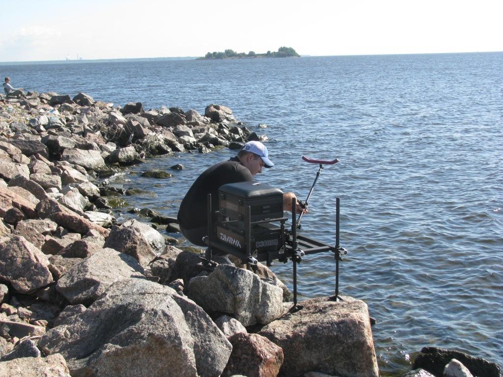 Купите рыболовную платформу и вам будет обеспечен комфорт в любых условиях