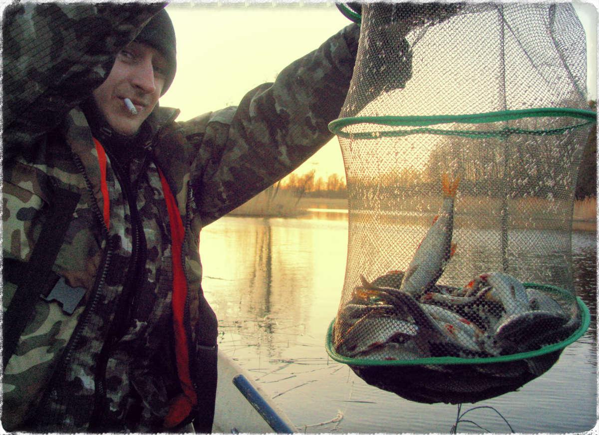 Для хранении пойманной рыбы купите садок рыболовный.