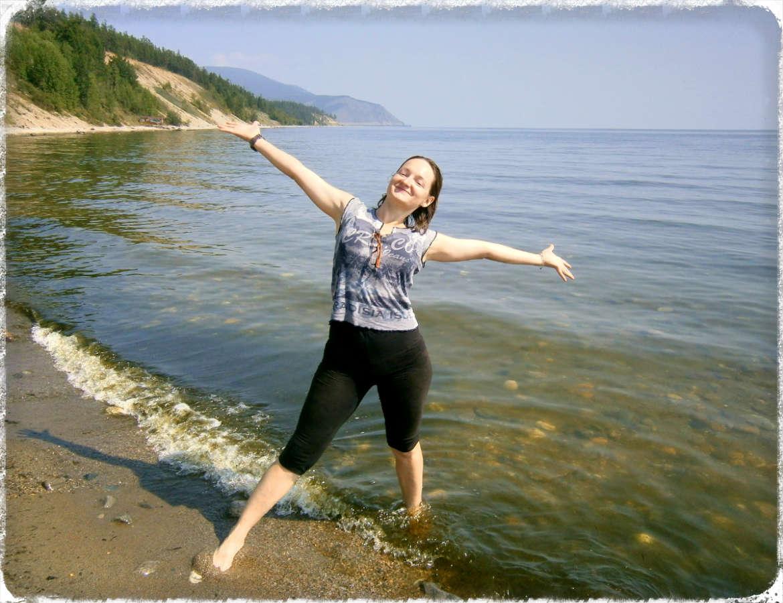 В Северобайкальске поезд стоит целый час и есть возможность сходить на озеро.